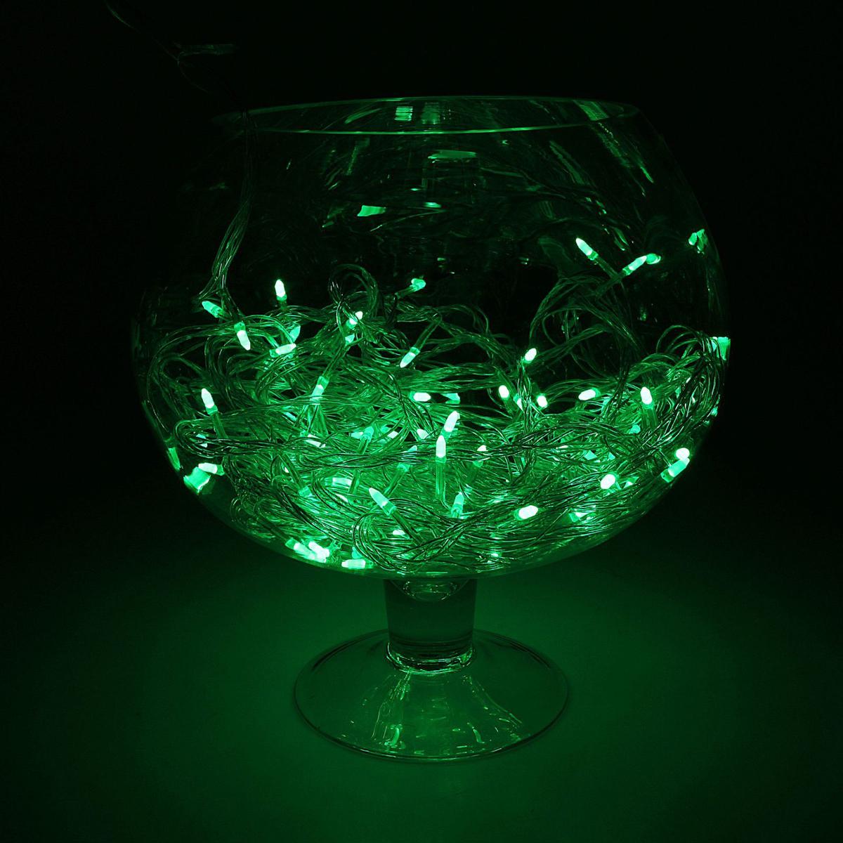 Гирлянда светодиодная Luazon Метраж. Игла, цвет: зеленый, 100 ламп, 8 режимов, 220 V, длина 10 м. 10805241080524Светодиодные гирлянды и ленты — это отличный вариант для новогоднего оформления интерьера или фасада. С их помощью помещение любого размера можно превратить в праздничный зал, а внешние элементы зданий, украшенные ими, мгновенно станут напоминать очертания сказочного дворца. Такие украшения создают ауру предвкушения чуда. Деревья, фасады, витрины, окна и арки будто специально созданы, чтобы вы украсили их светящимися нитями.