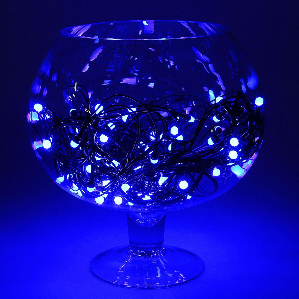 Гирлянда светодиодная Luazon Метраж, уличная, 8 режимов, 100 ламп, 220 V, 10 м, цвет: синий. 10805521080552Светодиодные гирлянды, ленты и т.д. — это отличный вариант для новогоднего оформления интерьера или фасада. С их помощью помещение любого размера можно превратить в праздничный зал, а внешние элементы зданий, украшенные ими, мгновенно станут напоминать очертания сказочного дворца. Такие украшения создают ауру предвкушения чуда. Деревья, фасады, витрины, окна и арки будто специально созданы, чтобы вы украсили их светящимися нитями.