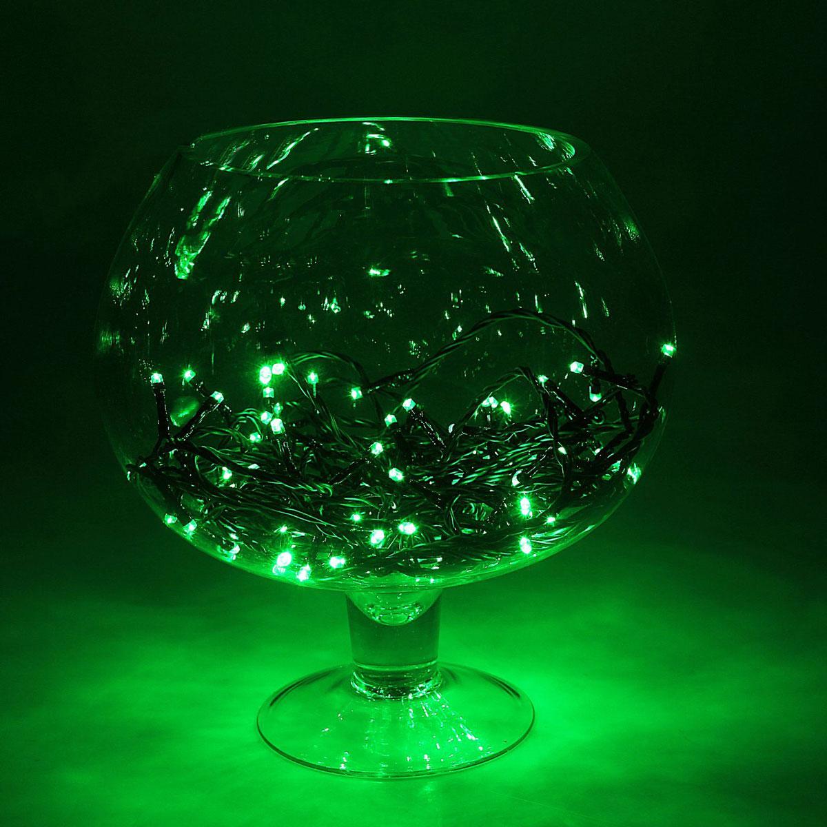 Гирлянда светодиодная Luazon Метраж, уличная, 100 ламп, 24 V, 10 м, цвет: зеленый. 15860031586003Светодиодные гирлянды, ленты и т.д. — это отличный вариант для новогоднего оформления интерьера или фасада. С их помощью помещение любого размера можно превратить в праздничный зал, а внешние элементы зданий, украшенные ими, мгновенно станут напоминать очертания сказочного дворца. Такие украшения создают ауру предвкушения чуда. Деревья, фасады, витрины, окна и арки будто специально созданы, чтобы вы украсили их светящимися нитями.