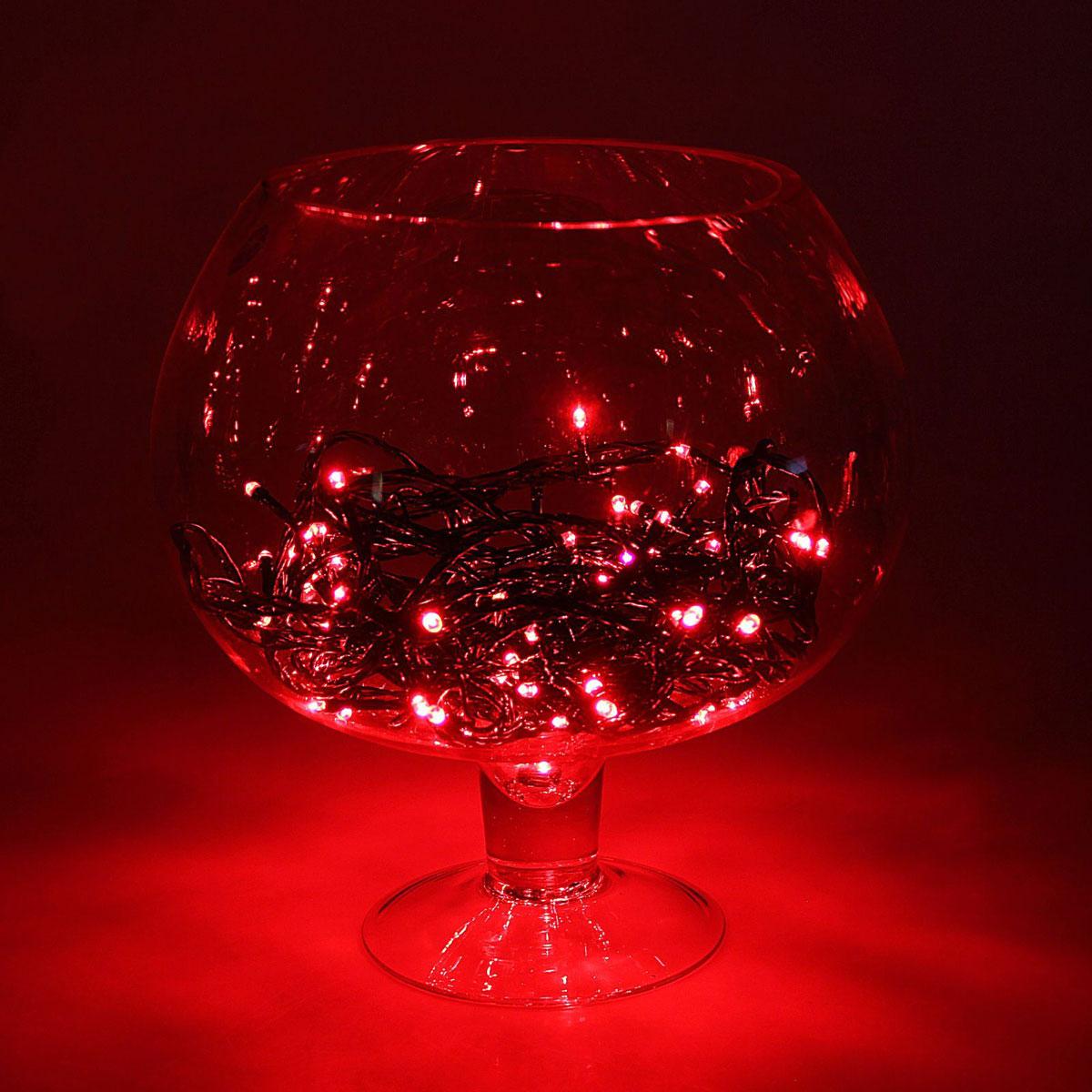 Гирлянда светодиодная Luazon Метраж, уличная, 100 ламп, 24 V, 10 м, цвет: красный. 15860041586004Светодиодные гирлянды, ленты и т.д. — это отличный вариант для новогоднего оформления интерьера или фасада. С их помощью помещение любого размера можно превратить в праздничный зал, а внешние элементы зданий, украшенные ими, мгновенно станут напоминать очертания сказочного дворца. Такие украшения создают ауру предвкушения чуда. Деревья, фасады, витрины, окна и арки будто специально созданы, чтобы вы украсили их светящимися нитями.
