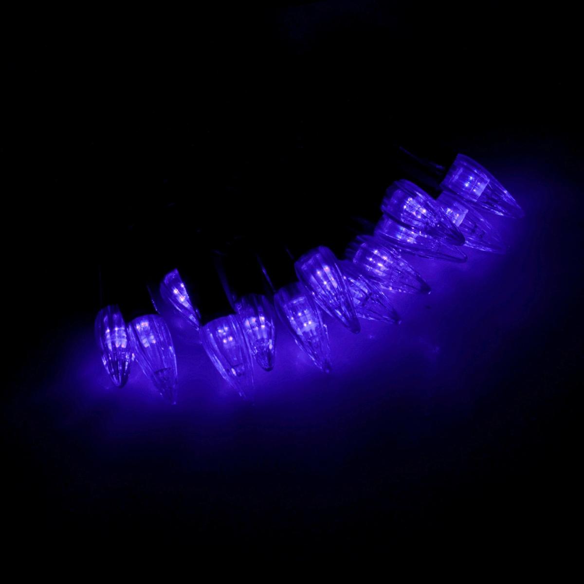 Гирлянда светодиодная Luazon Метраж. Свечки, уличная с насадкой, фиксинг, 40 ламп, 220 V, 5 м, цвет: синий. 185550401-112Светодиодные гирлянды, ленты и т.д. — это отличный вариант для новогоднего оформления интерьера или фасада. С их помощью помещение любого размера можно превратить в праздничный зал, а внешние элементы зданий, украшенные ими, мгновенно станут напоминать очертания сказочного дворца. Такие украшения создают ауру предвкушения чуда. Деревья, фасады, витрины, окна и арки будто специально созданы, чтобы вы украсили их светящимися нитями.