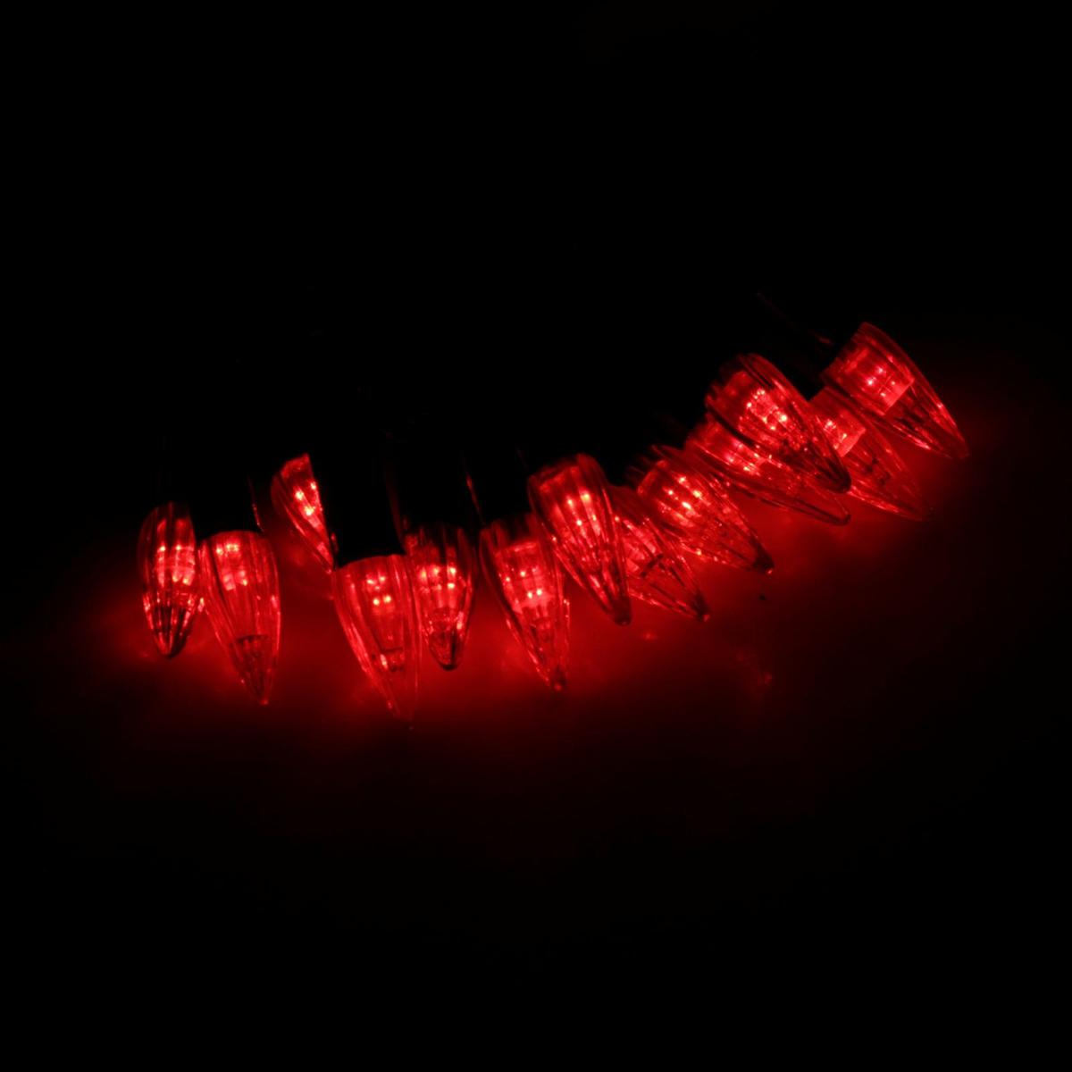 Гирлянда светодиодная Luazon Метраж. Свечки, уличная с насадкой, фиксинг, 40 ламп, 220 V, 5 м, цвет: красный. 185553185553Светодиодные гирлянды, ленты и т.д. — это отличный вариант для новогоднего оформления интерьера или фасада. С их помощью помещение любого размера можно превратить в праздничный зал, а внешние элементы зданий, украшенные ими, мгновенно станут напоминать очертания сказочного дворца. Такие украшения создают ауру предвкушения чуда. Деревья, фасады, витрины, окна и арки будто специально созданы, чтобы вы украсили их светящимися нитями.
