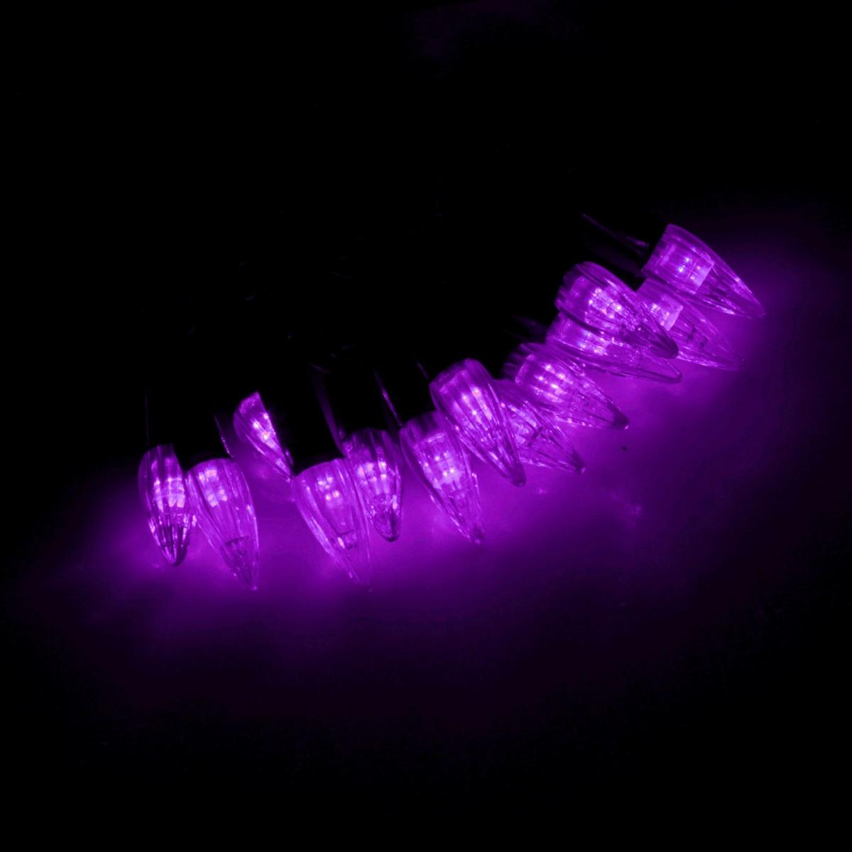 Гирлянда светодиодная Luazon Метраж. Свечки, уличная с насадкой, фиксинг, 40 ламп, 220 V, 5 м, цвет: фиолетовый. 185555185555Светодиодные гирлянды, ленты и т.д. — это отличный вариант для новогоднего оформления интерьера или фасада. С их помощью помещение любого размера можно превратить в праздничный зал, а внешние элементы зданий, украшенные ими, мгновенно станут напоминать очертания сказочного дворца. Такие украшения создают ауру предвкушения чуда. Деревья, фасады, витрины, окна и арки будто специально созданы, чтобы вы украсили их светящимися нитями.