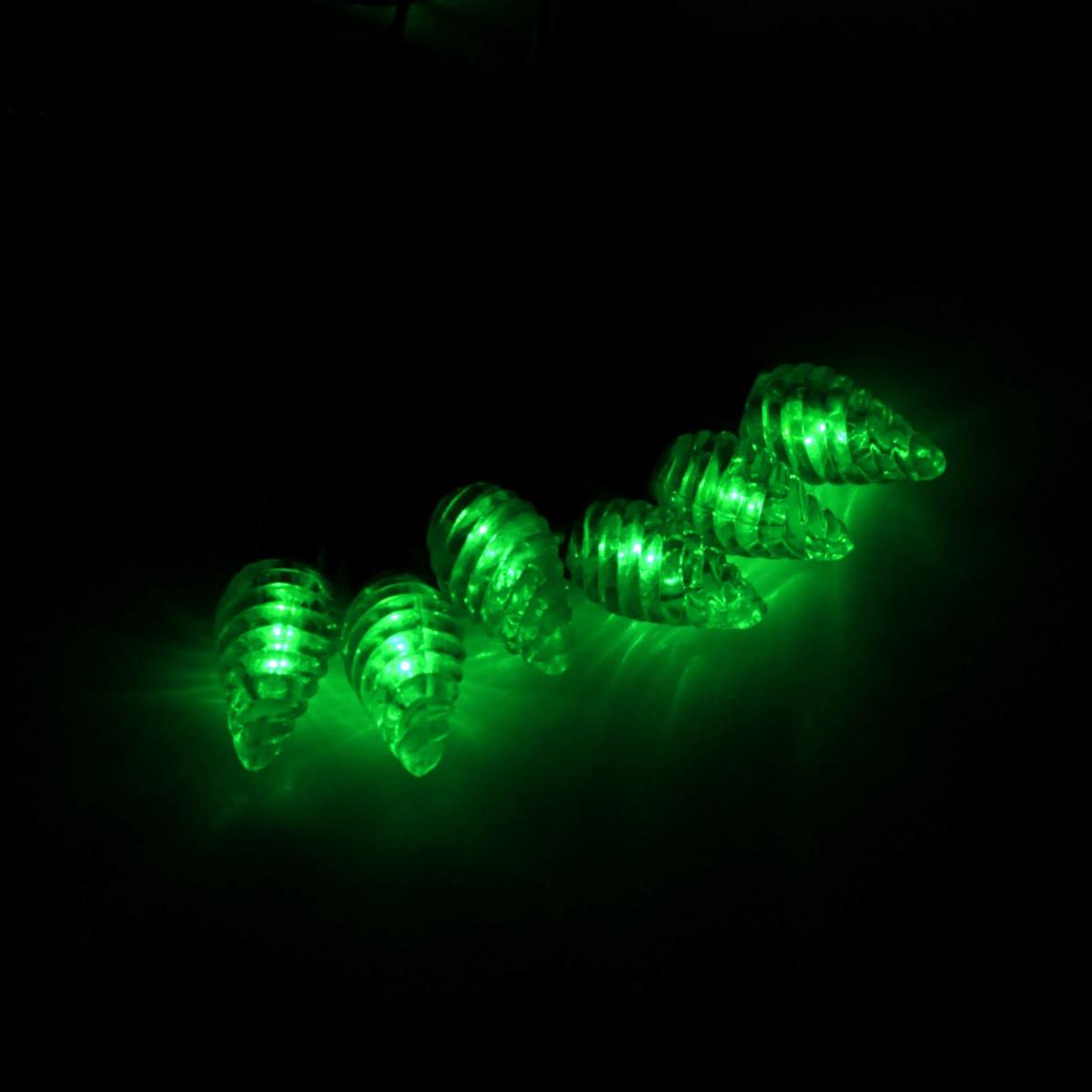 Гирлянда светодиодная Luazon Метраж. Растаявший лед, уличная с насадкой, фиксинг, 40 ламп, 220 V, 5 м, цвет: зеленый. 185567185567Светодиодные гирлянды, ленты и т.д. — это отличный вариант для новогоднего оформления интерьера или фасада. С их помощью помещение любого размера можно превратить в праздничный зал, а внешние элементы зданий, украшенные ими, мгновенно станут напоминать очертания сказочного дворца. Такие украшения создают ауру предвкушения чуда. Деревья, фасады, витрины, окна и арки будто специально созданы, чтобы вы украсили их светящимися нитями.