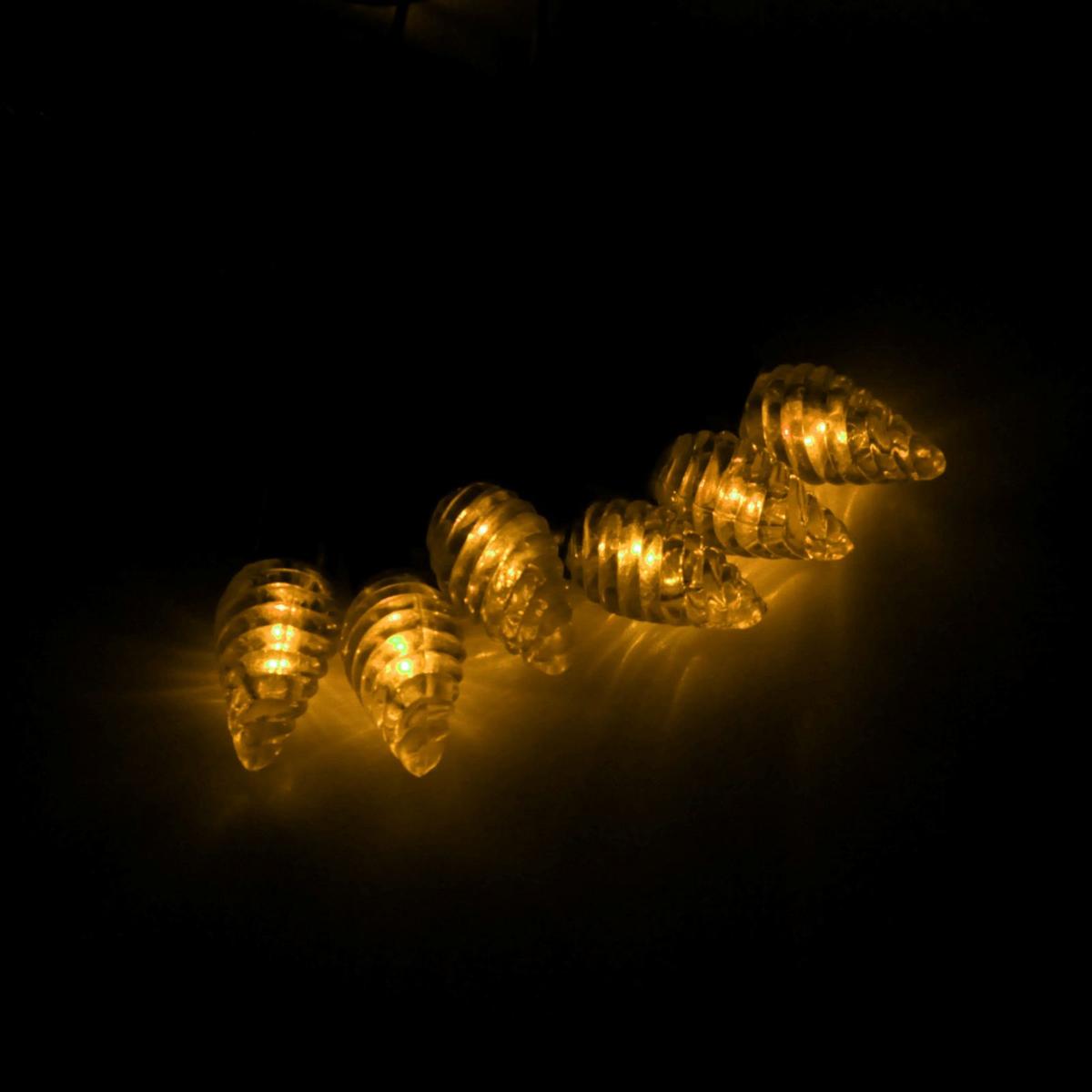 Гирлянда светодиодная Luazon Метраж. Растаявший лед, уличная с насадкой, фиксинг, 40 ламп, 220 V, 5 м, цвет: желтый. 185568185568Светодиодные гирлянды, ленты и т.д. — это отличный вариант для новогоднего оформления интерьера или фасада. С их помощью помещение любого размера можно превратить в праздничный зал, а внешние элементы зданий, украшенные ими, мгновенно станут напоминать очертания сказочного дворца. Такие украшения создают ауру предвкушения чуда. Деревья, фасады, витрины, окна и арки будто специально созданы, чтобы вы украсили их светящимися нитями.