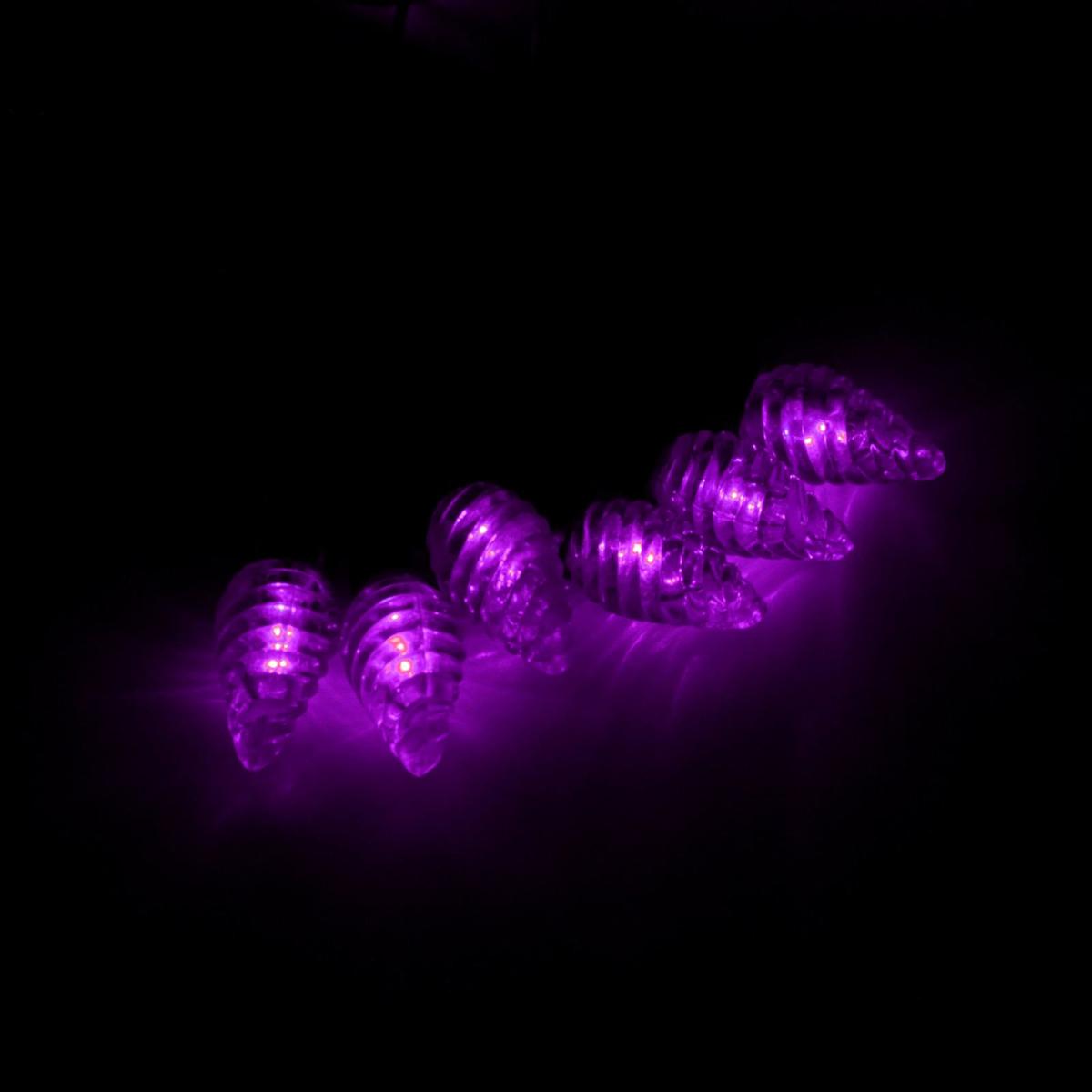 Гирлянда светодиодная Luazon Метраж. Растаявший лед, уличная с насадкой, фиксинг, 40 ламп, 220 V, 5 м, цвет: фиолетовый. 185571185571Светодиодные гирлянды, ленты и т.д. — это отличный вариант для новогоднего оформления интерьера или фасада. С их помощью помещение любого размера можно превратить в праздничный зал, а внешние элементы зданий, украшенные ими, мгновенно станут напоминать очертания сказочного дворца. Такие украшения создают ауру предвкушения чуда. Деревья, фасады, витрины, окна и арки будто специально созданы, чтобы вы украсили их светящимися нитями.