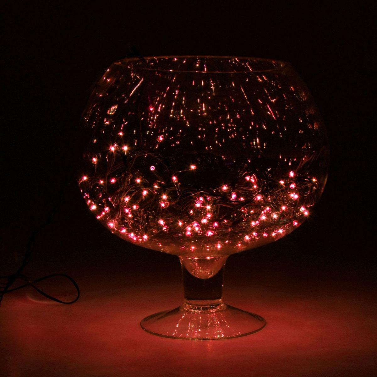 Гирлянда светодиодная Luazon Метраж, уличная, 50 ламп, 220 V, 5 м, цвет: красный. 187239187239Светодиодные гирлянды, ленты и т.д. — это отличный вариант для новогоднего оформления интерьера или фасада. С их помощью помещение любого размера можно превратить в праздничный зал, а внешние элементы зданий, украшенные ими, мгновенно станут напоминать очертания сказочного дворца. Такие украшения создают ауру предвкушения чуда. Деревья, фасады, витрины, окна и арки будто специально созданы, чтобы вы украсили их светящимися нитями.