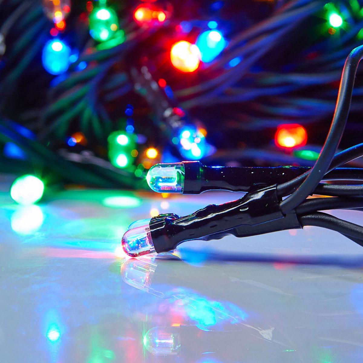 Гирлянда светодиодная Luazon Метраж, уличная, 100 ламп, 220 V, 10 м, цвет: мультиколор. 187242187242Светодиодные гирлянды, ленты и т.д. — это отличный вариант для новогоднего оформления интерьера или фасада. С их помощью помещение любого размера можно превратить в праздничный зал, а внешние элементы зданий, украшенные ими, мгновенно станут напоминать очертания сказочного дворца. Такие украшения создают ауру предвкушения чуда. Деревья, фасады, витрины, окна и арки будто специально созданы, чтобы вы украсили их светящимися нитями.