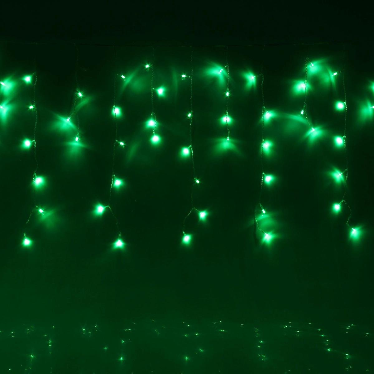 Гирлянда светодиодная Luazon Бахрома, уличная, 8 режимов, 60 ламп, 220V, цвет: зеленый, 1 х 0,6 м. 187248187248Светодиодные гирлянды, ленты и т.д — это отличный вариант для новогоднего оформления интерьера или фасада. С их помощью помещение любого размера можно превратить в праздничный зал, а внешние элементы зданий, украшенные ими, мгновенно станут напоминать очертания сказочного дворца. Такие украшения создают ауру предвкушения чуда. Деревья, фасады, витрины, окна и арки будто специально созданы, чтобы вы украсили их светящимися нитями.