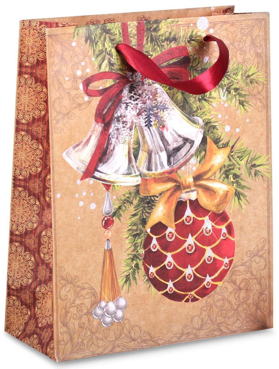 Пакет подарочный Дарите Счастье Новогодие украшения, вертикальный, 23 х 27 х 8 см2156495Привлекательная упаковка послужит достойным украшением любого, даже самого скромного подарка. Она поможет создать интригу и продлить время предвкушения чуда - момента, когда презент окажется в руках адресата.Пакет имеет яркий, оригинальный дизайн, который обязательно понравится. Изделие выполнено из плотной крафтовой бумаги, благодаря чему обеспечит надёжную защиту содержимого.