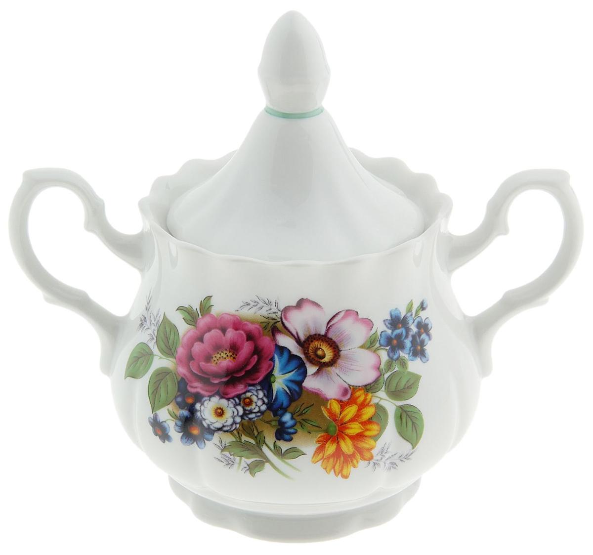 Сахарница Романс. Маленькие цветы, 550 мл507726Сахарница с крышкой изготовлена из фарфора и оформлена принтом. Емкость универсальна, подойдет как для сахара, так и для специй или меда.