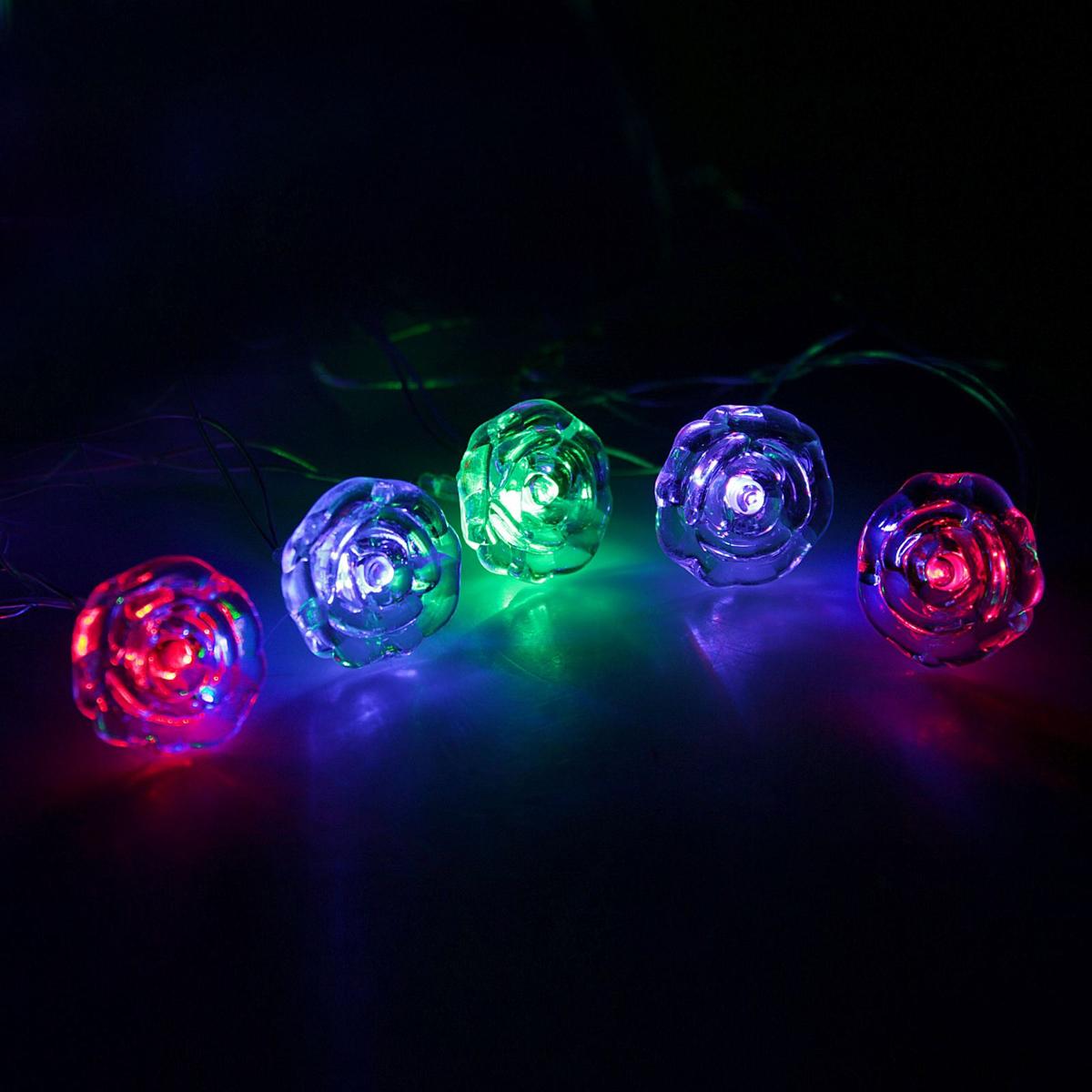 Гирлянда светодиодная Luazon Метраж. Цветочки, 20 ламп, 220 V, длина 5 м671573Светодиодные гирлянды и ленты — это отличный вариант для новогоднего оформления интерьера или фасада. С их помощью помещение любого размера можно превратить в праздничный зал, а внешние элементы зданий, украшенные ими, мгновенно станут напоминать очертания сказочного дворца. Такие украшения создают ауру предвкушения чуда. Деревья, фасады, витрины, окна и арки будто специально созданы, чтобы вы украсили их светящимися нитями.