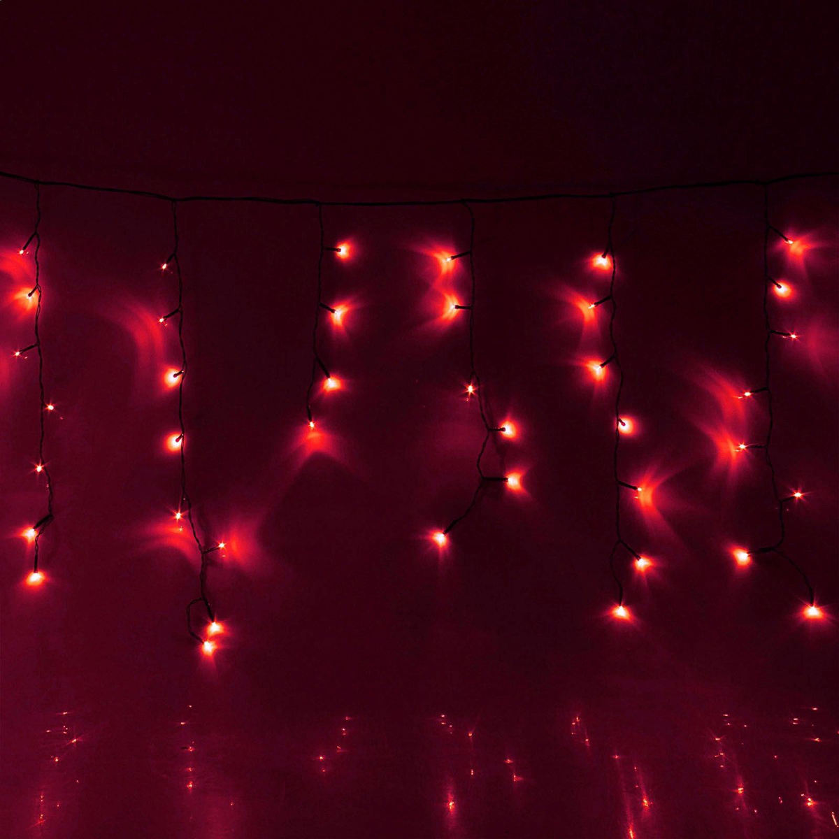 Гирлянда светодиодная Luazon Бахрома, 8 режимов, 120 ламп, 220 V, цвет: красный, 2,4 х 0,6 м. 671597671597Светодиодные гирлянды, ленты и т.д — это отличный вариант для новогоднего оформления интерьера или фасада. С их помощью помещение любого размера можно превратить в праздничный зал, а внешние элементы зданий, украшенные ими, мгновенно станут напоминать очертания сказочного дворца. Такие украшения создают ауру предвкушения чуда. Деревья, фасады, витрины, окна и арки будто специально созданы, чтобы вы украсили их светящимися нитями.