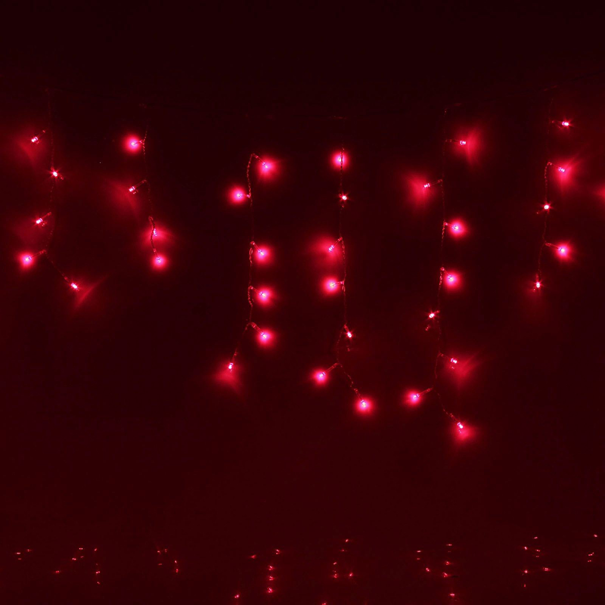 Гирлянда светодиодная Luazon Бахрома, 8 режимов, 120 ламп, 220 V, цвет: красный, 2,4 х 0,6 м. 671615
