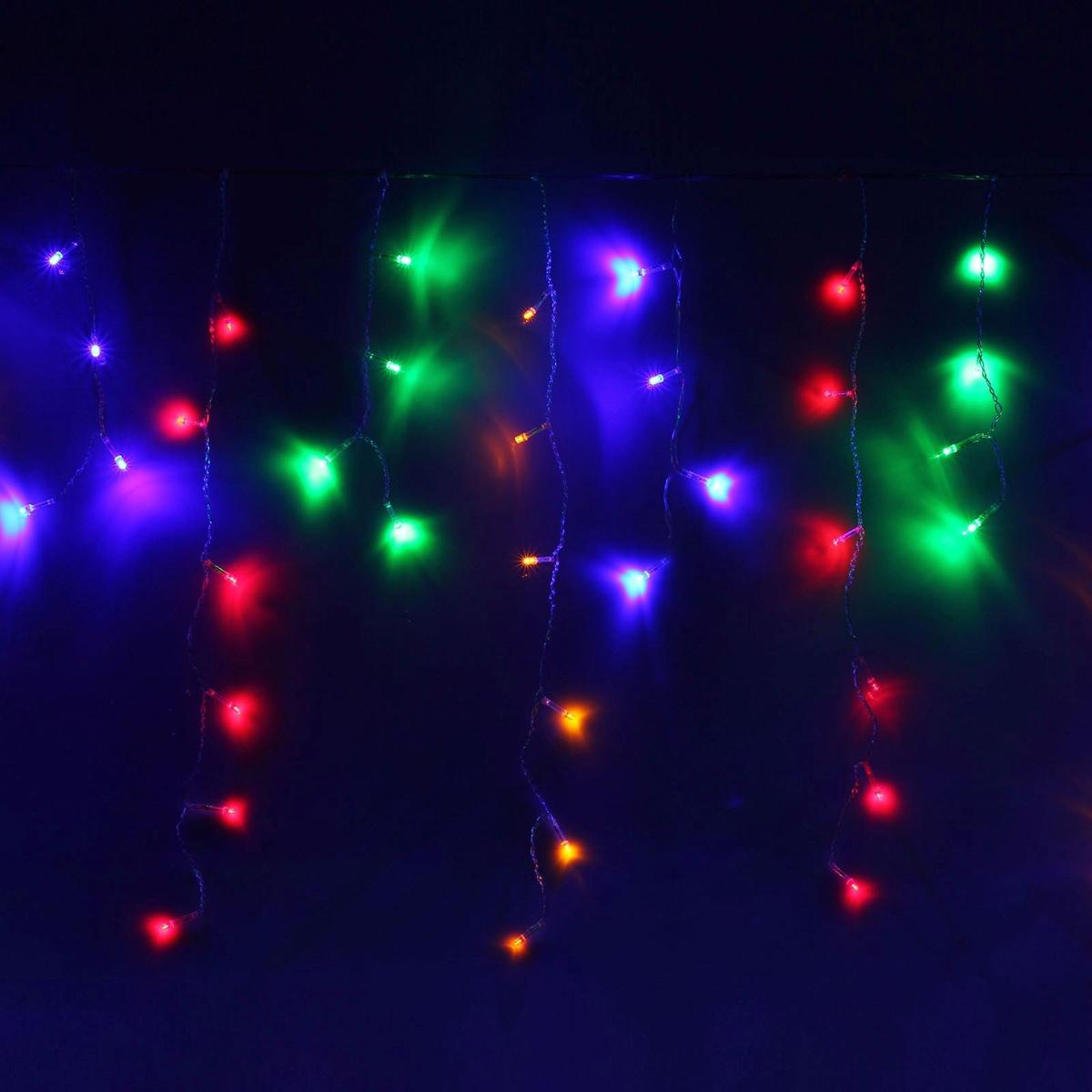 Гирлянда светодиодная Luazon Бахрома, уличная, 8 режимов, 60 ламп, 220V, цвет: мультиколор, 1 х 0,6 м. 671664671664Светодиодные гирлянды, ленты и т.д — это отличный вариант для новогоднего оформления интерьера или фасада. С их помощью помещение любого размера можно превратить в праздничный зал, а внешние элементы зданий, украшенные ими, мгновенно станут напоминать очертания сказочного дворца. Такие украшения создают ауру предвкушения чуда. Деревья, фасады, витрины, окна и арки будто специально созданы, чтобы вы украсили их светящимися нитями.