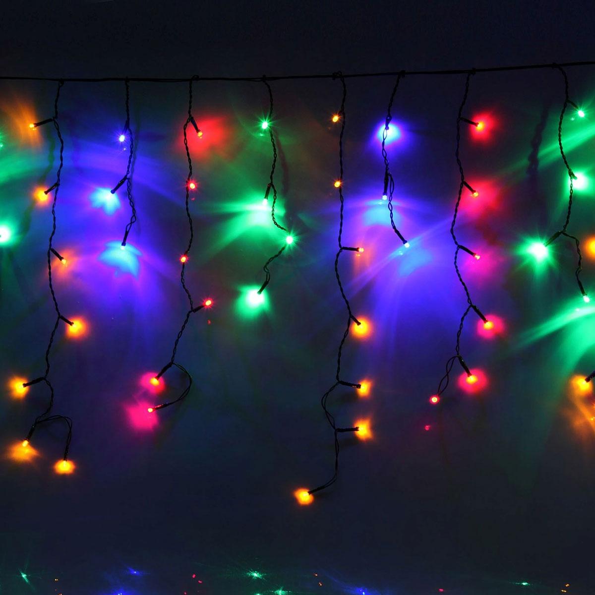 Гирлянда светодиодная Luazon Бахрома, 8 режимов, 60 ламп, 220 V, цвет: мультиколор, 1,2 х 0,6 м. 706200187288Гирлянда светодиодная Бахрома - это отличный вариант для новогоднего оформления интерьера или фасада. С ее помощью помещение любого размера можно превратить в праздничный зал, а внешние элементы зданий, украшенные гирляндой, мгновенно станут напоминать очертания сказочного дворца. Такое украшение создаст ауру предвкушения чуда. Деревья, фасады, витрины, окна и арки будто специально созданы, чтобы вы украсили их светящимися нитями.