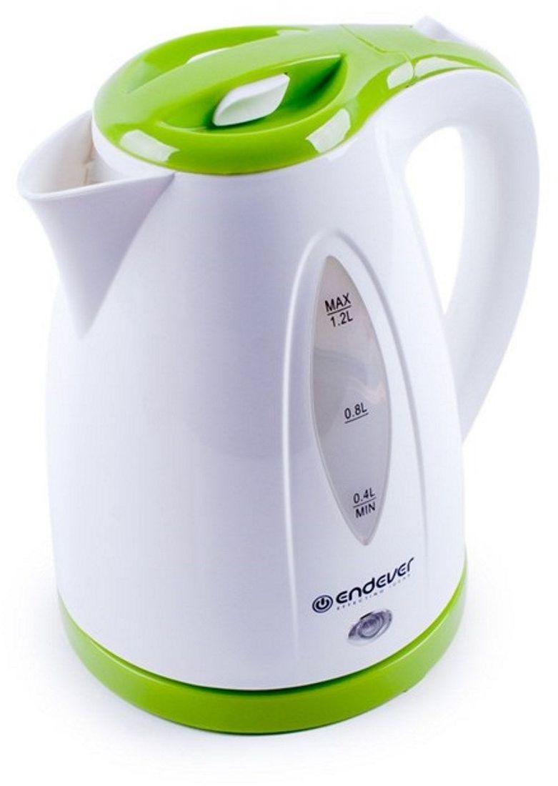 Endever KR-361, White электрический чайникKR-361Электрический чайник Endever KR-361 прост в управлении и долговечен в использовании. Изготовлен из высококачественных материалов. Мощность 2100 Вт вскипятит 1,2 литра воды в считанные минуты. Беспроводное соединение позволяет вращать чайник на подставке на 360°. Для обеспечения безопасности при повседневном использовании предусмотрены функция автовыключения, а также защита от включения при отсутствии воды.