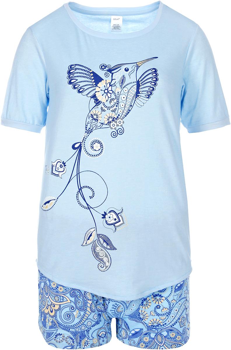 Пижама женская Sela, цвет: прозрачный голубой. PYb-162/025-7331. Размер XL (50)PYb-162/025-7331Женская пижама от Sela, состоящая из футболки и шорт, выполнена из вискозного трикотажа с добавлением хлопка. Футболка с короткими рукавами и круглым вырезом горловины спереди оформлена принтом. Принтованные шорты с эластичной резинкой на талии.