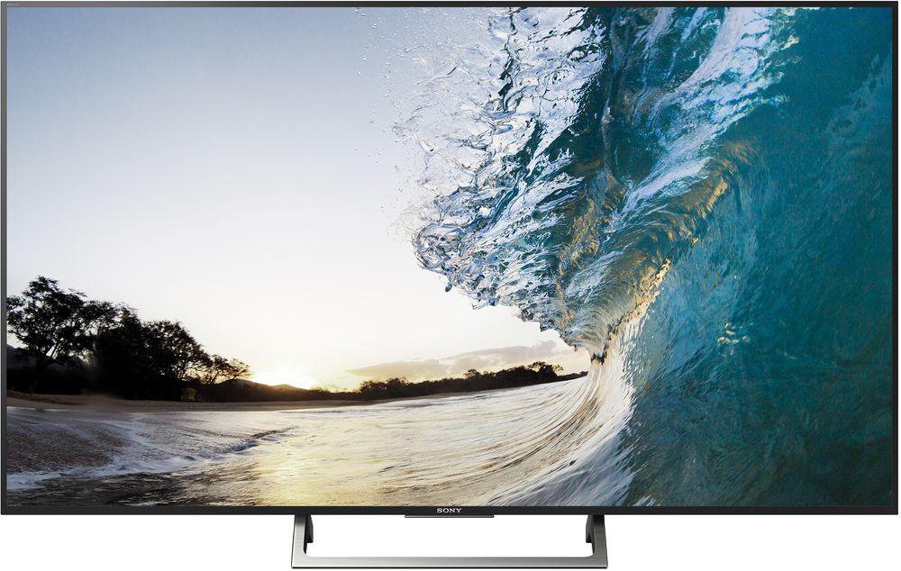 Sony KD-55XE8577SR2, Silver телевизорKD55XE8577SR2Наслаждайтесь реалистичным изображением 4K HDR с расширенным динамическим диапазоном, натуральными цветами и яркими объеками на экране стильного телевизора Sony KD-55XE8577SR2 с алюминиевой рамкой.4K HDR процессор X1 в сочетании с технологиями Object-based HDR remaster и Super Bit Mapping передает цвета более естественно в ярких сценах, делая изображение реалистичнее. Благодаря обилию деталей и богатым текстурам кажется, что изображение на экране оживает.Больше цветов — больше реализма. TRILUMINOS Display со специально разработанной системой подсветки выполняет выборочное сопоставление и улучшение цветовой гаммы изображения. Таким образом удается избежать избыточно насыщенных и неестественных цветов. Богатство и реалистичность оттенков подарят яркость эмоций в каждой сцене.Телевизоры с поддержкой расширенного динамического диапазона (HDR) перевернут ваши представления о просмотре телевизионного контента. В сочетании с разрешением 4K Ultra HD поддержка расширенного динамического диапазона (HDR) при просмотре видео обеспечивают невероятное богатство деталей, естественную цветопередачу и контрастность, а диапазон яркости подсветки во много раз будет превосходить возможности телевизоров предшествующих моделей. В результате изображение получается более реалистичным и детализированным с яркими оттенками.Богатство деталей с 4K X-Reality PRO. Изображение потрясающей четкости, где идеален каждый пиксель. Отдельные области каждого кадра подвергаются тщательному анализу и сопоставляются со специальной базой данных, после чего выполняется улучшение качества отображения текстур, контрастности, цветопередачи и контуров независимо друг от друга. В результате удается добиться невероятной реалистичности деталей, что бы вы ни смотрели.Ваш умный телевизор становится еще умнее. Теперь наслаждаться любимыми развлечениями со смартфона или планшета можно на большом экране BRAVIA. Android TV поддерживает передовую систему голосового управле