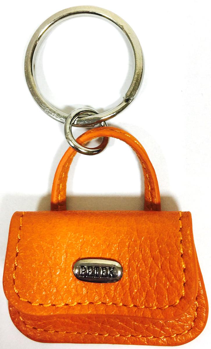 Брелок женский Petek 1855, цвет: оранжевый. 1514.046.241514.046.24 OrangeБрелок для ключей Petek 1855 выполнен из натуральной кожи. Изделие оформлено металлической пластиной с гравировкой бренда и оснащено металлическим кольцом.Такой брелок станет стильным дополнением к ключам.