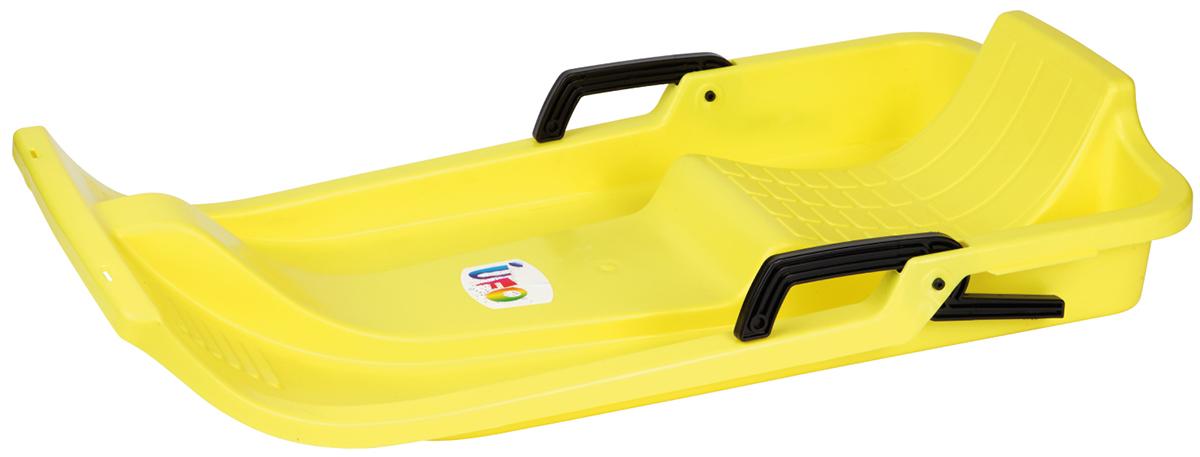 Санки-ледянка детские с ручками и спинкой Gismo Riders UFO, цвет: желтый1373653Gismo Riders UFO (Гизмо Райдерс УФО) - удобные пластиковые санки, имеющие эргономичную форму, которые имитируют скоростной болид, напоминающий тот, что используют в бобслее (скибоб) Санки имеют продуманную форму, для того, чтобы оптимального разместить на них все части тела при посадке Например, направляющие для ног, куда их удобно класть, или сиденье со спинкой Санки Уфо имеют и рукоятки, и ручной тормоз, благодаря чему Вы сможете влиять на скорость и не касаться обледенелой горки руками Санки Gismo Riders UFO весят менее двух килограммов (1,75 кг), их удобно нести в руках, а также хранить В длину санки составляют 84 см, и подойдут для детей уже от 3-х лет Санки производятся в Чехии, выполнены из морозоустойчивого пластика (выдерживают катание при температуре до - 20 градусов Цельсия)