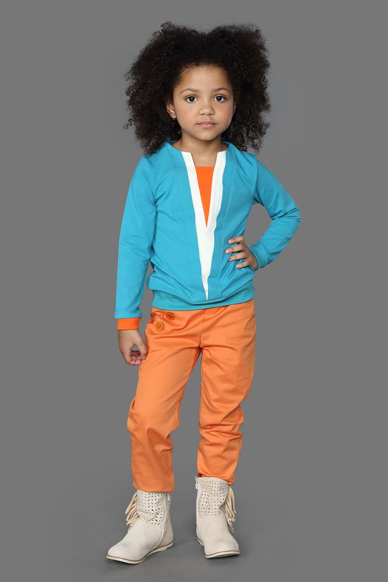 Брюки для девочек Ёмаё, цвет: оранжевый. 41-921. Размер 10441-921Брюки из однотонного хлопкового полотна прямого кроя. Имеют косую застежку из 4-х пуговиц с правой стороны. Прекрасно сочетаются с джемпером из этой же коллекции. Модель рассчитана на демисезонный период