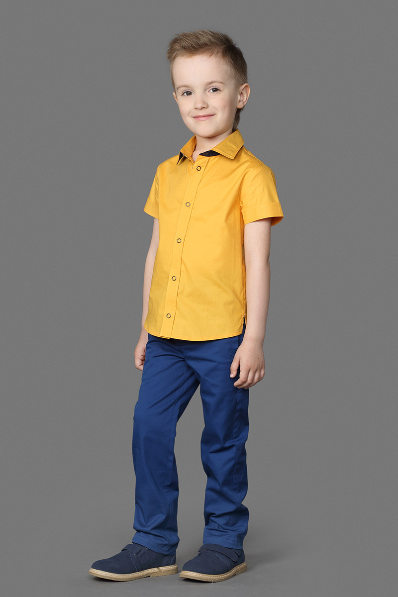 Брюки для мальчика Ёмаё, цвет: синий. 41-910. Размер 10441-910Стильные брюки для мальчика, изготовленные из натурального хлопка, отлично подойдут для отдыха и прогулок. Брюки классического покроя на талии застегиваются на пуговицуи имеют ширинку на застежке-молнии, имеются шлевки для ремня.