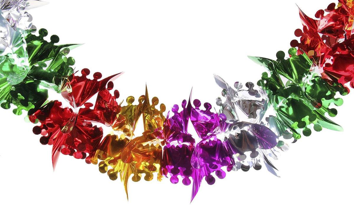 Гирлянда-растяжка Листики с кружочками702490Невозможно представить нашу жизнь без праздников! Мы всегда ждем их и предвкушаем, обдумываем, как проведем памятный день, тщательно выбираем подарки и аксессуары, ведь именно они создают и поддерживают торжественный настрой. Новогодние аксессуары — это отличный выбор, который привнесет атмосферу праздника в ваш дом!
