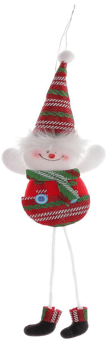 Новогоднее подвесное украшение Снеговик в красных штанишках, мягкая1102756Новогоднее украшение ручной работы отлично подойдет для декорации вашего дома и новогодней ели. С помощью специальной петельки украшение можно повесить в любом понравившемся вам месте. Но, конечно, удачнее всего оно будет смотреться на праздничной елке.Елочная игрушка - символ Нового года. Она несет в себе волшебство и красоту праздника. Такое украшение создаст в вашем доме атмосферу праздника, веселья и радости.