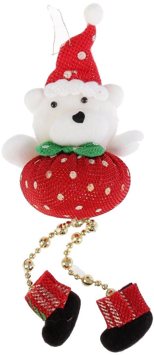 Новогоднее подвесное украшение Пухляш-мишка. Ножки-бусинки, 6 х 12 см2388985Новогоднее подвесное украшение Пухляш-мишка. Ножки-бусинкивыполнено из текстиля. Спомощьюспециальной петельки украшение можно повесить влюбом понравившемся вамместе. Но, конечно, удачнее всего оно будетсмотреться на праздничной елке.Елочная игрушка - символ Нового года. Она несет всебе волшебство и красотупраздника. Создайте в своем доме атмосферувеселья и радости, украшаяновогоднюю елку нарядными игрушками, которыебудут из года в год накапливатьтеплоту воспоминаний.