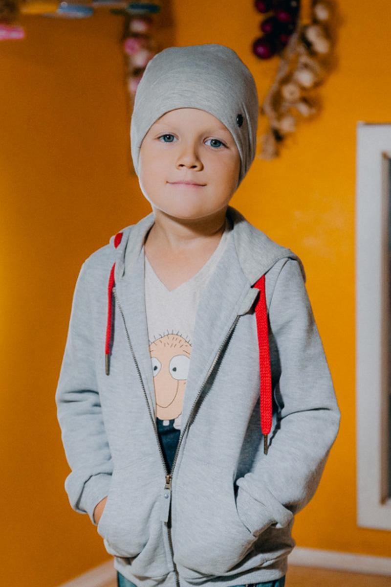 Шапка для мальчика Ёмаё, цвет: серый. 45-607. Размер 4645-607Шапка для мальчика Ёмаё выполнена из сочетания высококачественного хлопка с эластаном и оформлена металлической эмблемой фирмы. Шапка выполнена в лаконичном однотонном стиле.