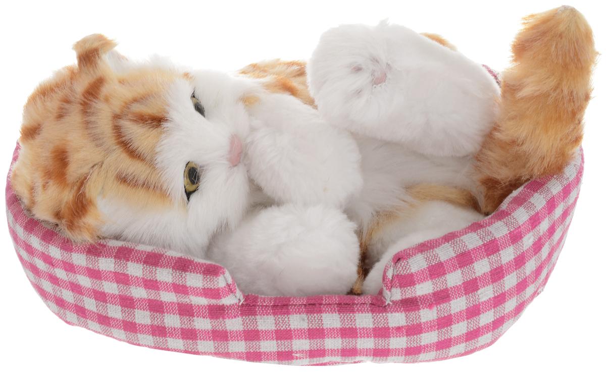 Vebtoy Фигурка Кошка играющая на коврике цвет белый vebtoy фигурка котенок сидящий цвет белый c226