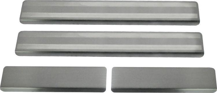 Накладки порогов Rival, для Honda CR-V 2017-, 4 штNP.2101.3Накладка на пороги Rival защищают лакокрасочное покрытие от механических повреждений и создают индивидуальный внешний вид автомобиля. - Накладки изготовлены из высококачественной итальянской нержавеющей стали AISI 304. - Надежная фиксация на автомобиле с помощью фирменного скотча 3М. - Устойчивое к истиранию изображение на накладках нанесено методом абразивной полировки - Идеально повторяют геометрию порогов автомобиля.Уважаемые клиенты!Обращаем ваше внимание, что накладка имеет форму и комплектацию, соответствующую модели данного автомобиля. Фото служит для визуального восприятия товара.