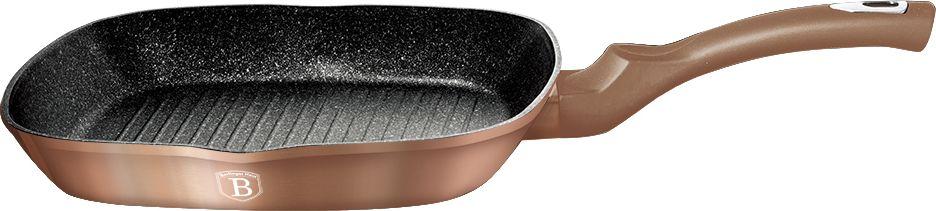 Гриль-сковорода Berlinger Haus Rosegold Line, диаметр 28 см. 1521N-BH1521N-BHСковорода-гриль 28*28*4,1см, матсериал - кованый алюминий, толщина стенок 0,5 см, 3 слоя мраморно-гранитного покрытия, эргономичная ручка soft touch, индукционное дно, подставка под горячее, цвет: золотистый. Подходит для всех видов плит: газовых, электрических, стеклокерамических, галогенных, индукционных.