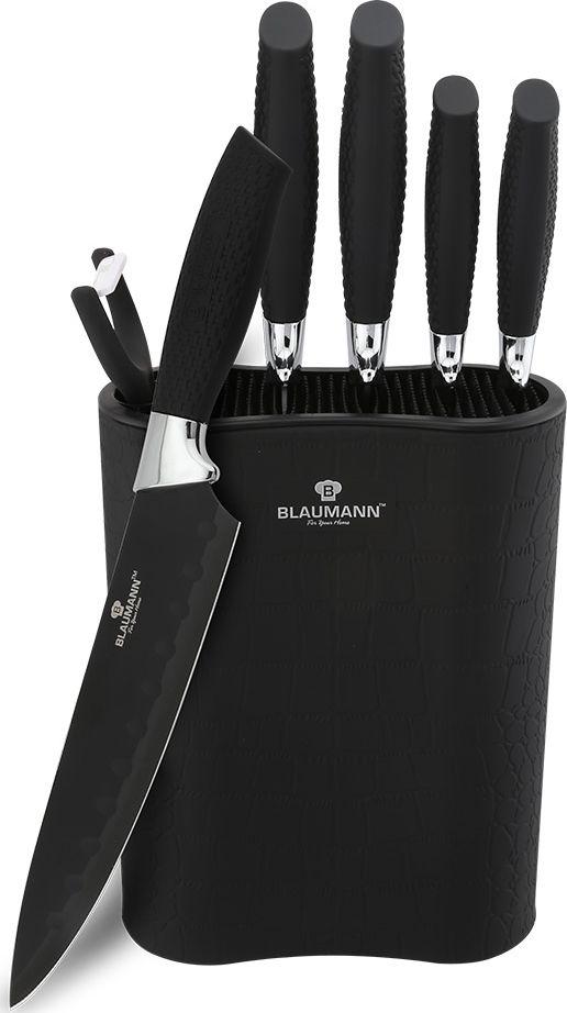 """Набор ножей Blaumann """"Crocodile Line"""" включает поварской нож, нож для хлеба, нож для тонкой нарезки, универсальный нож, нож для очистки овощей, керамическую овощечистку, пластиковую подставку. Лезвия ножей выполнены из качественной нержавеющей с неприлипающим покрытием. Лазерная заточка гарантирует остроту ножей. Ножи не подвержены ржавлению, очень долго держат заточку, а также имеют хорошие режущие качества. Можно мыть в посудомоечной машине. Длина лезвия поварского ножа: 20 см.  Нож для тонкой нарезки - 20см. Длина лезвия ножа для хлеба: 20 см. Длина лезвия универсального ножа: 12,5 см. Длина лезвия ножа для очистки: 9 см."""