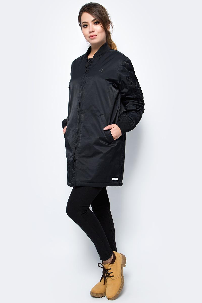 Куртка женская Converse Cons Varsity Coaches Jacket, цвет: черный. 10005114001. Размер M (48)10005114001Удобная женская зимняя куртка Converse Cons Varsity Coaches Jacket - это сочетание стиля и комфорта, благодаря хлопку, она согреет вас в прохладную погоду, а нейлону, позволит выделиться из толпы. Модель на молнии изготовлена из износоустойчивого материала. Имеет резинки на манжетах и множество карманов.
