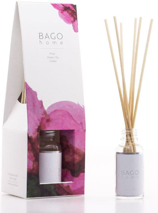 Диффузор ароматический BAGO home Водяная лилия, 35 млJV0205-4Ароматический диффузор BAGO home Водяная лилия - это освежающий аромат королевского цветка, который сочетает в себе ноты водной прохлады и свежего бриза раннегоутра. Дополнен карамельно-медовыми нотами груши и мягкими древесно-бальзамическими аккордами кедра. Сделайте свой день бодрым и ярким, доставьте себе королевское удовольствиеэтим ароматом! Пирамида аромата:Верхние ноты: Груша. Средние ноты: Водяная лилия. Нижние ноты: Кедр.Как пользоваться ароматическим диффузором? Откройте упаковку, достаньте содержимое. Откройте бутылочку, освободите палочки от скотча и вставьте в бутылочку. Интенсивность ароматаможно регулировать количеством вставленных палочек. Также для достижения более насыщенного аромата, время от времени переворачивайтепалочки и заново вставляйте в бутылочку.
