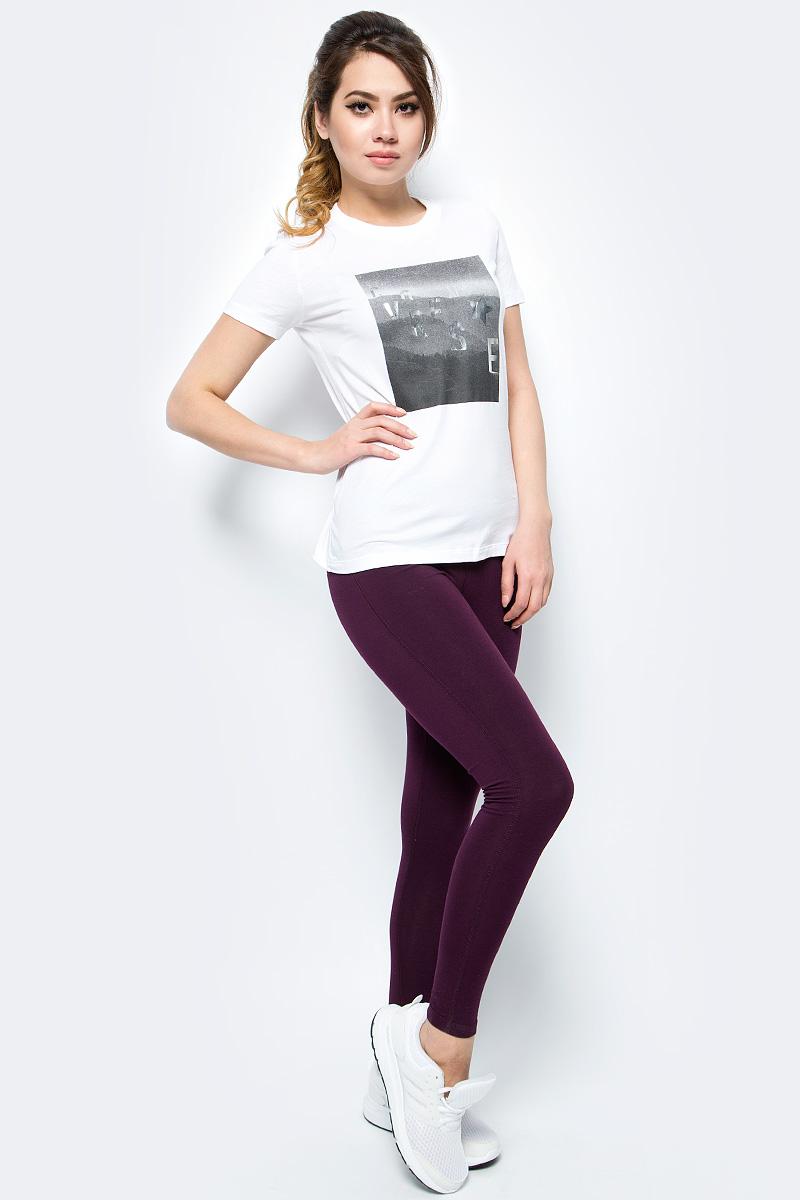 Леггинсы женские Converse Core Reflective Wordmark Legging, цвет: бордовый. 10004552262. Размер XS (42)10004552262Трикотажные леггинсы Converse изготовлены из мягкого материала на основе хлопка, они тактильно приятные и не сковывают движения. Модель на талии имеет эластичную резинку.