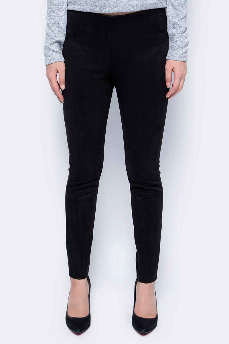 Брюки женские Sela, цвет: черный. P-115/856-7452. Размер 42P-115/856-7452Стильные женские брюки-скинни от Sela выполнены из искусственной замши. Модель облегающего кроя сбоку застегивается на потайную застежку-молнию.
