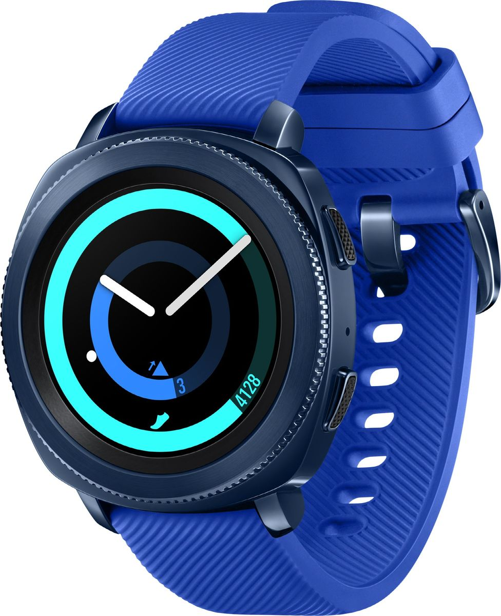 Samsung Gear Sport, Blue смарт-часыSM-R600NZBASERПолучите мотивацию двигаться больше, питаться лучше и вести здоровый образ жизни. Samsung Gear Sport следит за вашей физической формой,питанием и помогает добиваться поставленных целей. При этом устройство не только функционально, но и смотрится стильно.Ставьте себе цели по физической активности и питанию, а ваш прогресс будет показан прямо у вас на запястье: с Samsung Gear Sport легкоподдерживать баланс калорийности и контролировать потребление калорий. К тому же устройство подсказывает, как лучше добитьсяпоставленных целей.Меняйте облик часов Gear Sport, используя различные циферблаты и ремешки. Спортивный Hybrid Sport, строгий Classic Leather и стильныйповседневный Premium Nato найдут применение в любом образе вашего гардероба.Сделайте занятия максимально эффективными с приложением-тренером для смартфона. К вашим услугам более 60 тренировок (дальше -больше). GearSport будет подсказывать порядок действий и измерять ваш сердечный ритм. Любите плавать? Вышли на пробежку и попали под дождь? Не волнуйтесь! Gear Sport имеет индекс водонепроницаемости 5ATM (50 метров), азначит,может фиксировать вашу физическую активность даже на глубине. Полученные данные можно синхронизировать со Speedo On - новымприложениемSpeedo для пловцов - и анализировать подробности.Если вы летите в самолете, Gear Sport предлагает подходящие упражнения на растяжку мышц, которые можно выполнять, не вставая с кресла.Если вы зарулем, устройство понимает, что вы сосредоточены на дороге, а не просто сидите без дела, и не будет предлагать вам никаких упражнений. Хотите изменить настройки или отреагировать на уведомление? Это легко сделать простым смахиванием по экрану или поворотом безеля.Смахните вверхили вниз по экрану для вызова панели быстрых действий, чтобы изменить громкость, проверить уровень заряда и другого. А при получениивходящегосообщения на него можно ответить одним поворотом безеля.