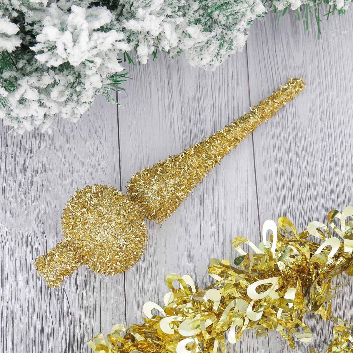 Верхушка на елку Золотой пух, 5,5 х 23 см2371122Верхушка на елку выполнена из высококачественного пластика. Изделие будет прекрасно смотреться на новогодней елке. Верхушка на елку - одно из главных новогодних украшений лесной красавицы. Она принесет в ваш дом ни с чем не сравнимое ощущение праздника! Новогодние украшения несут в себе волшебство. Они помогут вам украсить дом к предстоящим праздникам и оживить интерьер по вашему вкусу. Создайте в доме атмосферу тепла, веселья и радости, украшая его всей семьей.
