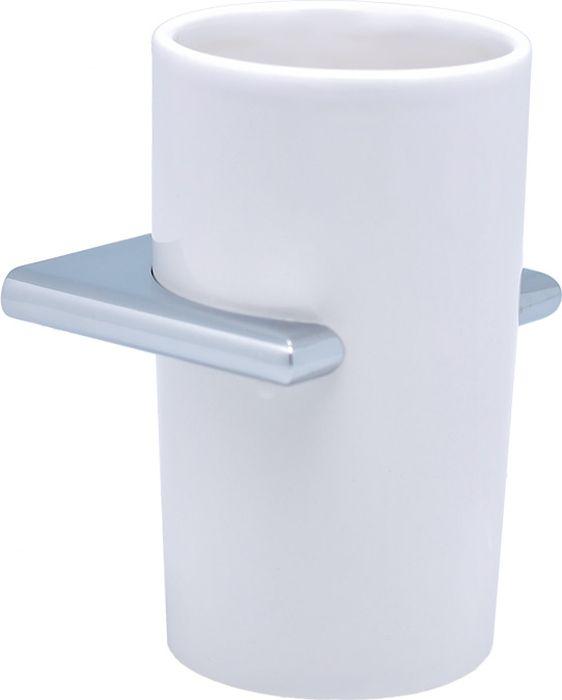 """Подстаканник одинарный Sofita """"Forsa"""" изготовлен из латуни, металлического сплава и керамики. Он является не только функциональным элементом, но и прекрасно украсит интерьер любой ванной комнаты. Подстаканник крепится на стену с помощью саморезов."""