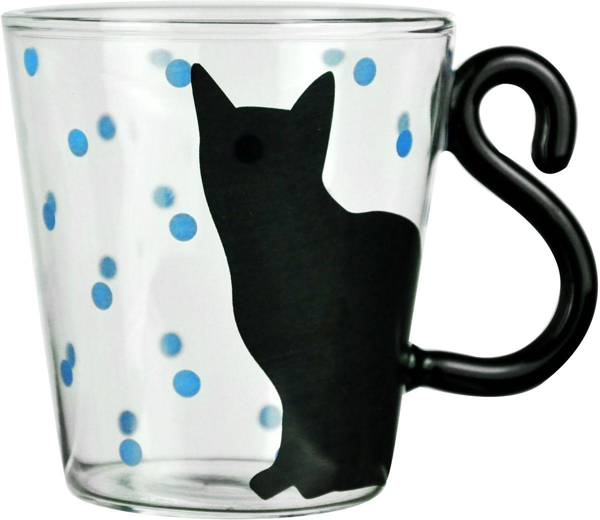 Кружка GiftnHome Черный кот, 240 мл. M-240 BlackCatM-240 BlackCatКружка GiftnHome выполнена из боросиликатного стекла и оформлена принтом. Яркая необычная кружка имеет широкую горловину и удобную ручку для повседневного использования. Не оставит равнодушным ни одного из ваших гостей и станет прекрасным выбором для подарка.
