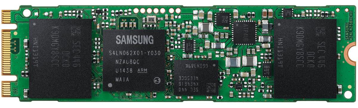 Samsung 850 EVO M.2 500GB SSD-накопитель (MZ-N5E500BW)290962SSD-накопитель Samsung 850 EVO M.2 изготавливается с использованием инновационной архитектуры 3D V-NAND, в которой ячейки имеют цилиндрическую форму, устраняющую влияние их друг на друга, а увеличение ёмкости достигается за счёт расположения их в несколько слоёв — без ущерба для надёжности хранения данных и скорости работы.Обеспечьте максимальную скорость чтения / записи, для оптимизации скорости выполнения рутинных задач с технологией TurboWrite от компании Samsung. По сравнению с серией 840 EVO, накопители серии EVO 850 показывают на 13% более высокий уровень производительности, благодаря более высокой скорости (около 2-х раз) случайной (random) записи.Они так же обеспечивают высочайшую производительность в своем классе и с последовательной (sequential) скоростью чтения/записи до 540/520 млн байт сек, соответственно. Наслаждайтесь оптимизированной случайной (random) производительностью на всех диапазонах глубины очереди (QD) на ПК.Накопители серии 850 EVO с интерфейсом M.2 - настоящие скоростные болиды. Последняя версия программы Samsung Magician позволит вам ещё больше увеличить скорость работы вашего накопителя, включив режим RAPID. Он способен задействовать до 25% свободной оперативной памяти (DRAM) вашего компьютера в качестве интеллектуального кэша.SSD накопители серии 850 EVO гарантируют надёжность и долговечность за счёт удвоения жизненного цикла Total Bytes Written (TBW) в сравнении с предыдущим поколением накопителей серии 840 EVO , что подтверждается 5-и летней гарантией на устройства. А учитывая среднее повышение производительности (Sustained Performance) до 30%, накопители серии 850 EVO становятся одними из самых надежных решений для хранения данных.Накопители серии 850 EVO позволят вашему ноутбуку работать не только быстрее, но и дольше, благодаря поддержке специального режима сна (при котором устройство потребляет всего лишь 2 мВт), а так же наличию инновационной 3D V-NAND технологии, котора