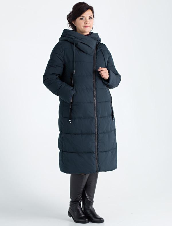 Пальто женское Defreeze, цвет: темно-зеленый. 72-280_izumrud. Размер 5072-280_izumrudПрямое стеганое пальто DEFREEZE выполнено из полиэстера, в качестве утеплителя используется био-пух, выдерживающий значительные морозы. Пальто имеет длину ниже колена и свободный крой. Несмотря на объемный вид, пальто выглядит стильно благодаря асимметричной застежке и большому капюшону-воротнику оригинальной формы. Модель дополнена двумя карманами на молнии.