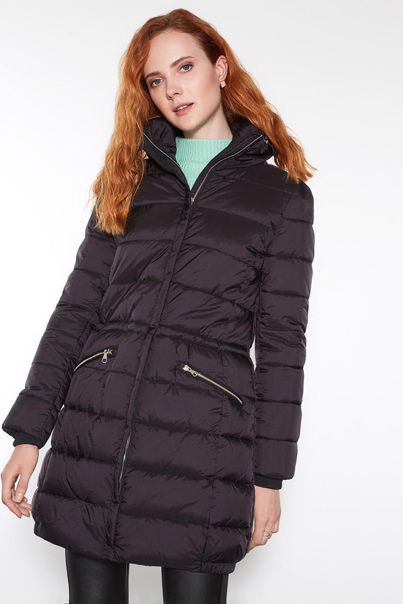 Пальто женское Concept Club Tolli, цвет: черный. 10200610037. Размер L (48)10200610037_100Пальто женское Concept Club выполнено из полиамида. Модель с длинными рукавами застегивается на молнию.