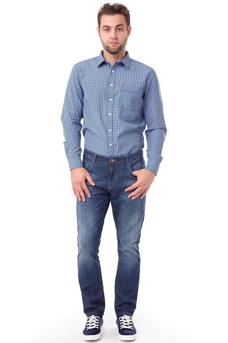 Рубашка мужская F5 Poplin, цвет: голубой. 276010. Размер S (46)276010_Check 6Стильная мужская рубашка F5, изготовленная из хлопка с полиэстером, необычайно мягкая и приятная на ощупь. Модная рубашка с отложным воротником, длинными рукавами застегивается на пластиковые пуговицы. Модель оформлена принтом в клетку и на груди слева дополнена накладным кармашком. Рукава рубашки дополнены манжетами на пуговицах.