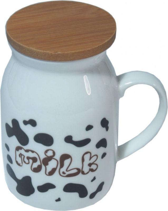 Кружка Карамба Корова 6, с крышкой, 190 мл3064Оригинальная кружка из керамики, выполненная в виде бидона молока, станет не только приятным, но и практичным сувениром. Оснащена бамбуковой крышкой.