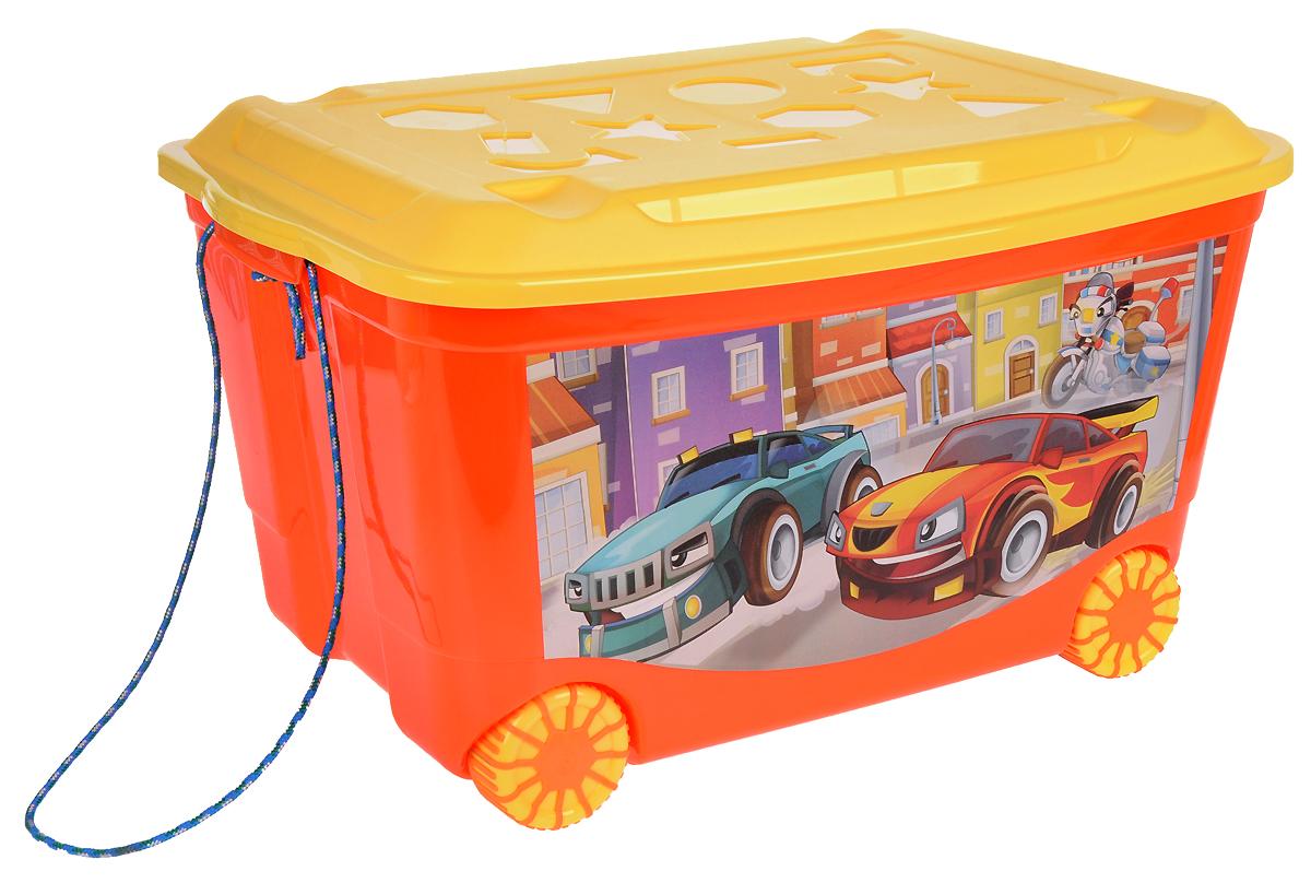 Бытпласт Ящик для игрушек на колесах 58 см х 39 см х 33,5 смС13809Вместительный легкий ящик с яркой крышкой для хранения игрушек или одежды удобно разместится в комнате ребенка. Хранить игрушки в пластиковом ящике на колесах удобно и просто. Ящик легко перемещается с места на место, может храниться под кроватью малыша.Приучать ребенка к уборке в комнате гораздо проще, если у вас есть удобные, красивые детские пластмассовые ящики для хранения.