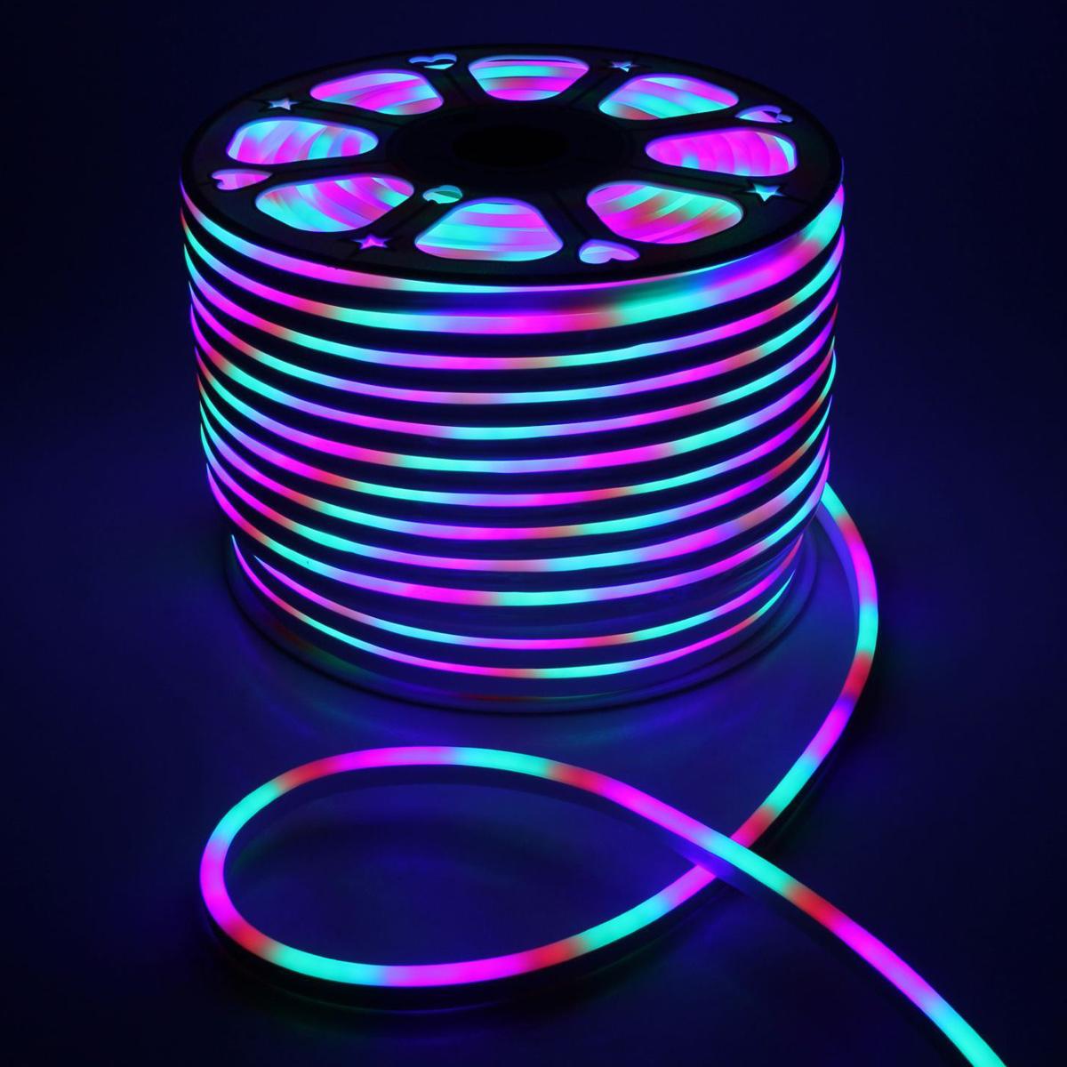 Гирлянда светодиодная Luazon, 120 ламп, 220 V, цвет: мультиколор, 0,8 см х 1,6 см х 100 м. 14312751586007Светодиодные гирлянды, ленты и т.д — это отличный вариант для новогоднего оформления интерьера или фасада. С их помощью помещение любого размера можно превратить в праздничный зал, а внешние элементы зданий, украшенные ими, мгновенно станут напоминать очертания сказочного дворца. Такие украшения создают ауру предвкушения чуда. Деревья, фасады, витрины, окна и арки будто специально созданы, чтобы вы украсили их светящимися нитями.
